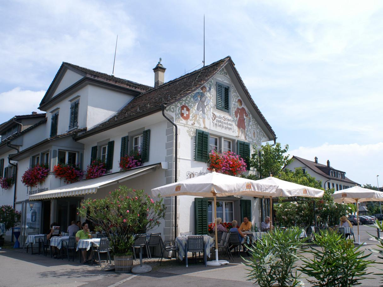 Restaurant Schützenhaus by Lake Zurich in Stäfa, Exterior View