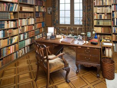 Thomas Mann Archives – ETH Zurich, the furnishings of the author's last study