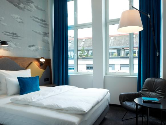 Motel One Zurich, Single Room