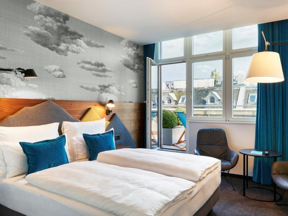 Motel One Zurich, Balcony Room